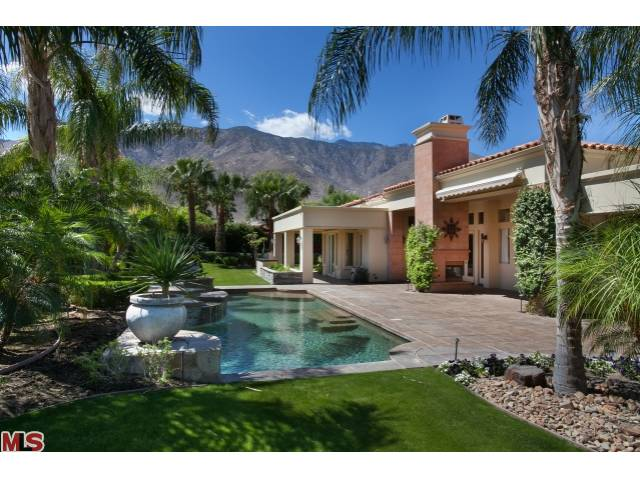 64375 Via Risso Palm Springs CA 92264 - Sophistication in the guard gated community of Bella Monte